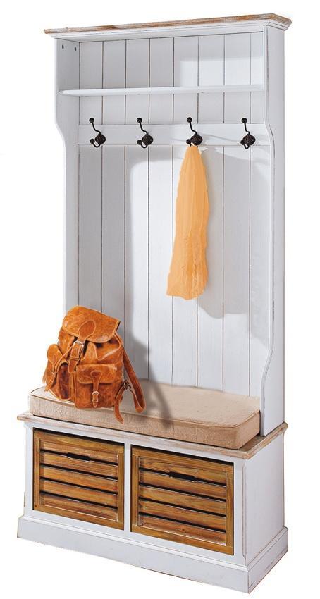 Möbel im Landhausstil : Garderobe im Landhausstil - mit gemütlicher ...